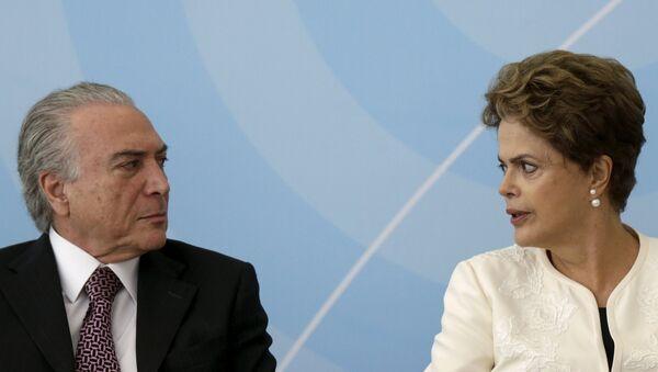 El presidente de Brasil, Michel Temer, y la expresidenta Dilma Rousseff - Sputnik Mundo