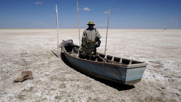 Gobernación boliviana declara zona de desastre al desecado lago Poopó - Sputnik Mundo