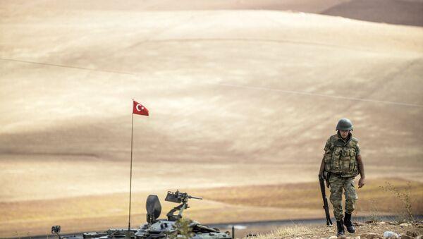Soldado turco (archivo) - Sputnik Mundo