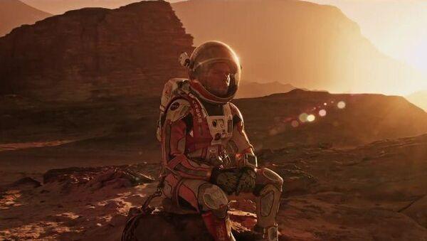 Tráiler oficial de la película Marte en España - Sputnik Mundo