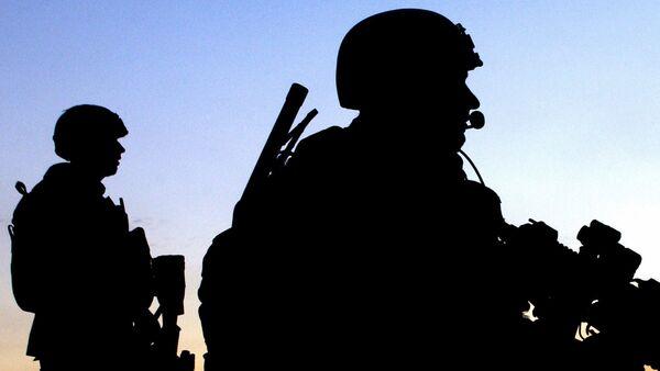 Ucrania despliega mercenarios extranjeros en la línea de separación - Sputnik Mundo