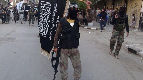 Combatientes del grupo terrorista al-Qaeda - Sputnik Mundo