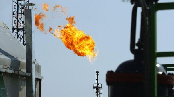 Gas ardiendo (imagen referencial) - Sputnik Mundo