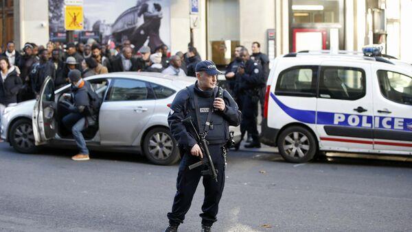 Lugar donde policía francesa mató a un hombre armado - Sputnik Mundo