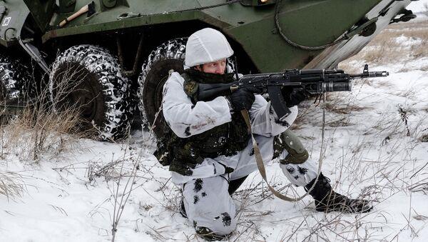 Тактическое занятие миротворческого соединения ЦВО в Самарской области - Sputnik Mundo