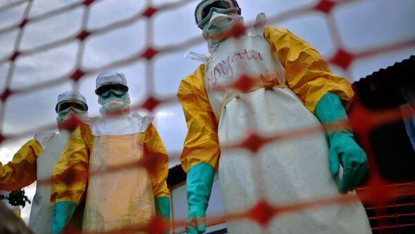Médicos que luchan contra ébola (Archivo) - Sputnik Mundo
