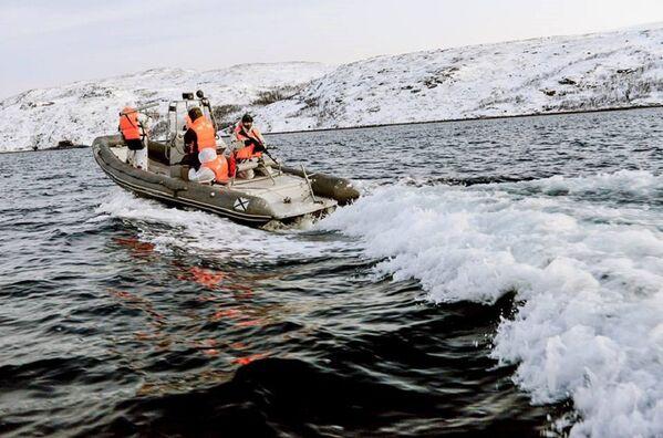 En el 2016 se llevarán a cabo regularmente, en todas las guarniciones de la flota del norte, entrenamientos similares. - Sputnik Mundo