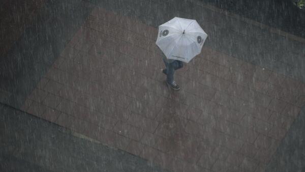 Lluvias en la capital de Ecuador, Quito - Sputnik Mundo