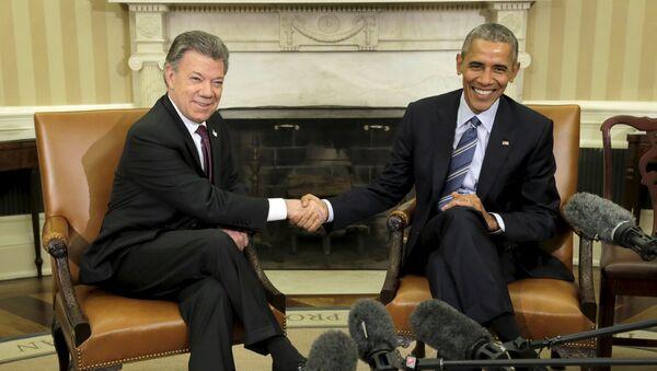 Presidente de Colombia Juan Manuel Santos y presidente de EEUU  Barack Obama - Sputnik Mundo