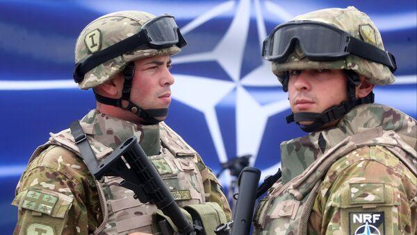 Militares georgianos (archivo) - Sputnik Mundo