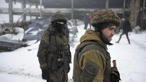 Milicianos de Donetsk - Sputnik Mundo