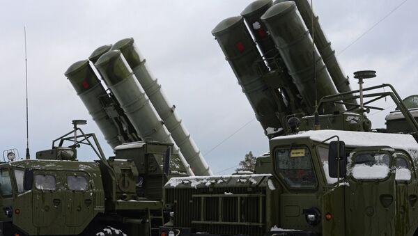 El sistema antimisiles S-400, antecesor del S-500 - Sputnik Mundo