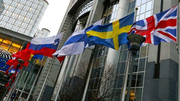 Banderas de los países-miembros de la UE - Sputnik Mundo
