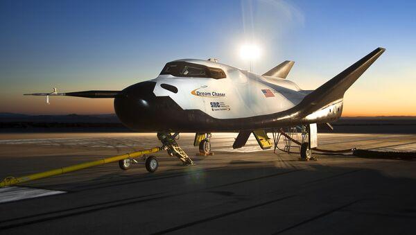Minitransbordador estadounidense Dream Chaser - Sputnik Mundo