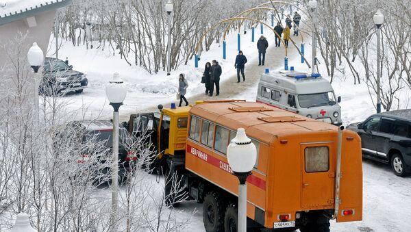 Equipo de rescate en la mina Sévernaya, Vorkutá - Sputnik Mundo
