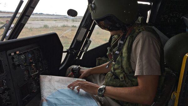 Un militar ruso en la base aérea de Hmeymim en Siria (archivo) - Sputnik Mundo