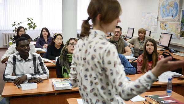 Estudiantes extranjeros en Rusia - Sputnik Mundo