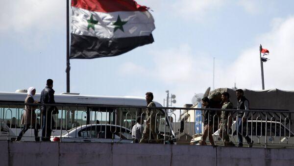 Bandera de Siria en Damasco - Sputnik Mundo