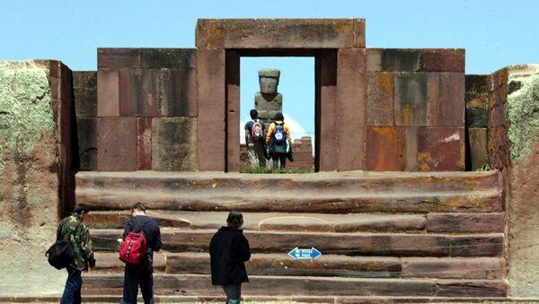 Templo de Kalasasaya en Tiwanaku - Sputnik Mundo