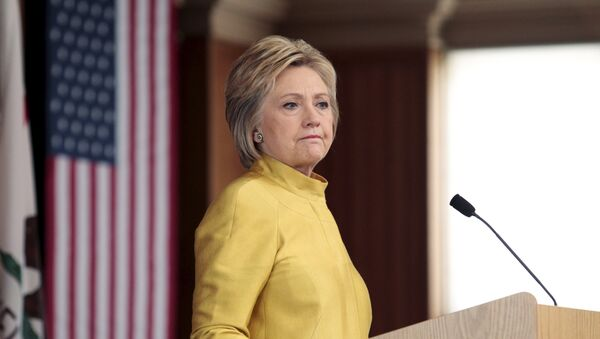 Democratic Presidential Candidate Hillary Clinton delivers a counter terrorism speech at Stanford University in Stanford, California - Sputnik Mundo