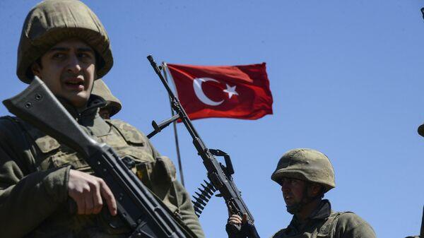Militares turcos - Sputnik Mundo
