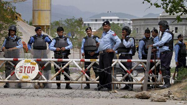 Los agentes de la policía en Islamabad - Sputnik Mundo