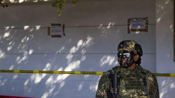 Un militar mexicano - Sputnik Mundo