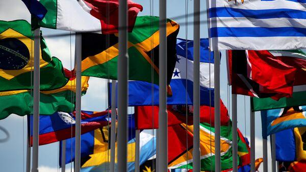 Banderas de países miembros de la CELAC (archivo) - Sputnik Mundo
