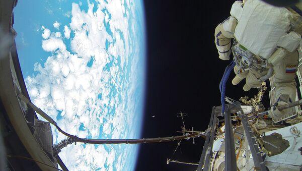 Cosmonautas de Rusia en la EEI (archivo) - Sputnik Mundo