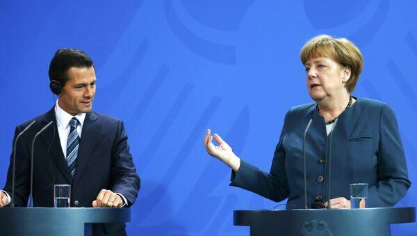 Presidente de México, Enrique Peña Nieto, y canciller de Alemania, Angela Merkel - Sputnik Mundo