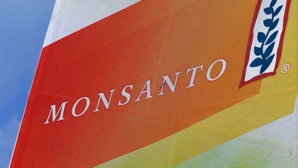 Logo de la corporación Monsanto - Sputnik Mundo