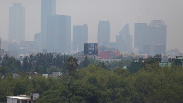 Smog en la ciudad de México - Sputnik Mundo