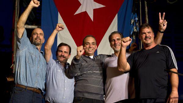 Los Cinco Héroes (desde izda.): Gerardo Hernández, Fernando González, Antonio Guerrero, René González y Ramón Labañino - Sputnik Mundo