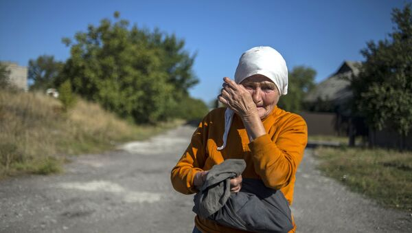 Una habitante de Donbás (Archivo) - Sputnik Mundo