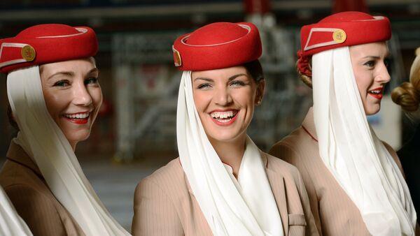 Стюардессы авиакомпании Emirates airline - Sputnik Mundo