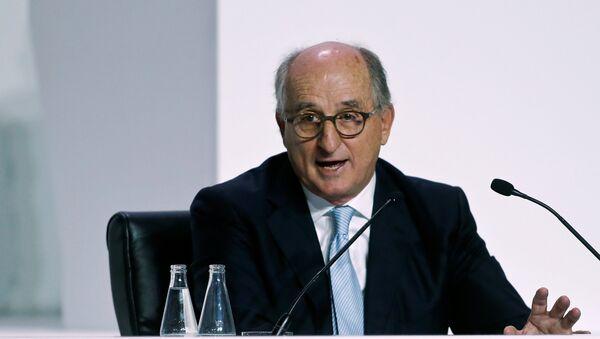 El presidente de la empresa petrolera español Repsol Antonio Brufau - Sputnik Mundo