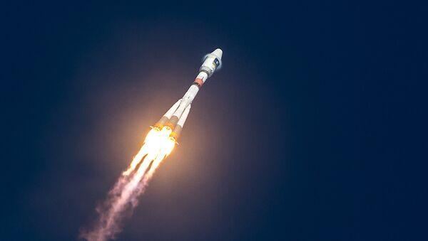 Lanzamiento de un cohete (Archivo) - Sputnik Mundo
