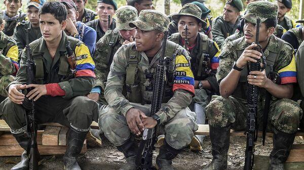 Miembros de la FARC (archivo) - Sputnik Mundo