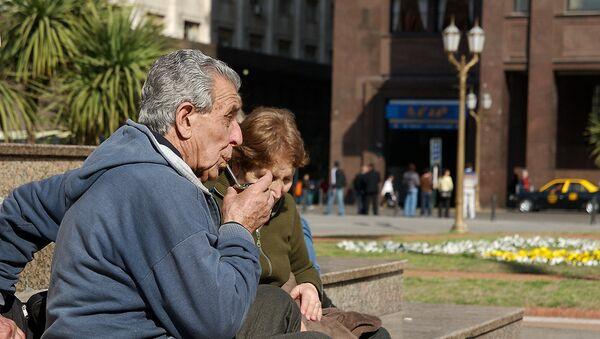 Viejos en Buenos Aires - Sputnik Mundo