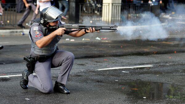 Violencia  en Brasil - Sputnik Mundo