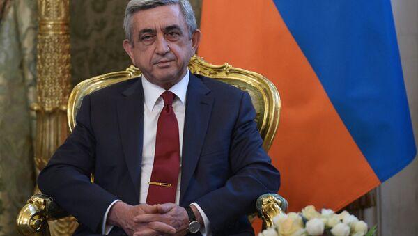 Armenia's President Serzh Sargsyan during a meeting with Russia's President Vladimir Putin - Sputnik Mundo