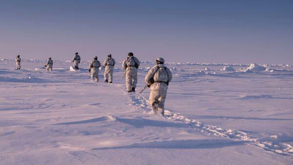 Ejercicios militares en el Ártico - Sputnik Mundo