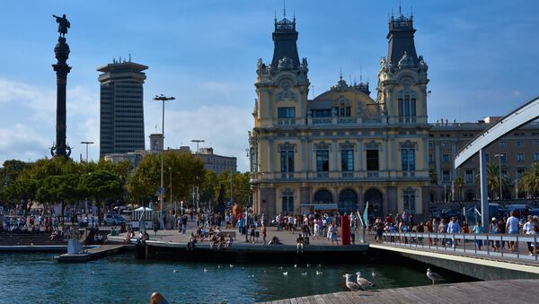 Turistas en Barcelona, España - Sputnik Mundo