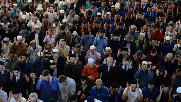 La celebración del Eid al-Fitr en Moscú - Sputnik Mundo