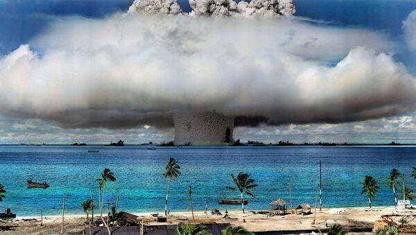 Una prueba nuclear de EEUU (archivo) - Sputnik Mundo