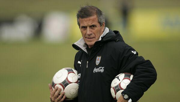 Óscar Washington Tabárez, el entrenador de la selección uruguaya - Sputnik Mundo