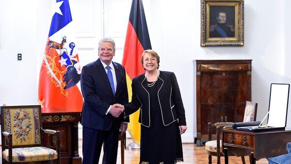 Joachim Gauck, presidente de Alemania, y Michelle Bachelet, presidenta de Chile - Sputnik Mundo