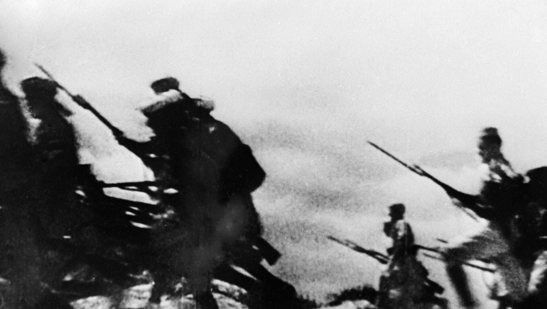 Ataque de los franquistas durante la guerra civil en España - Sputnik Mundo, 1920, 03.02.2021