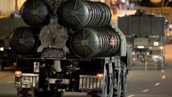Sistema antiaéreo ruso S-300 (Archivo) - Sputnik Mundo