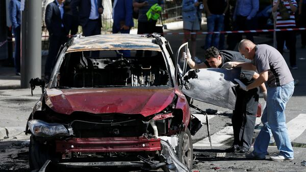 El coche del periodista ruso Pável Sheremet - Sputnik Mundo
